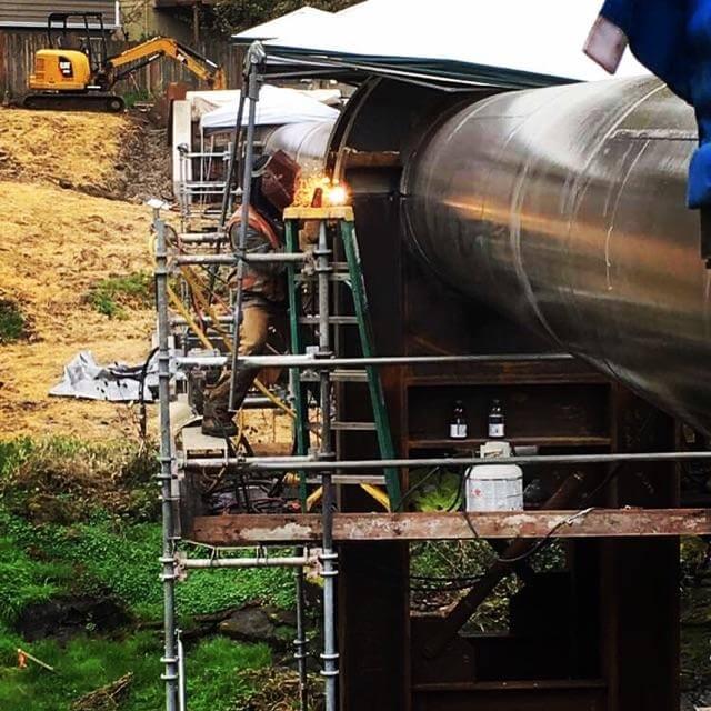 pipeline-lg-outside